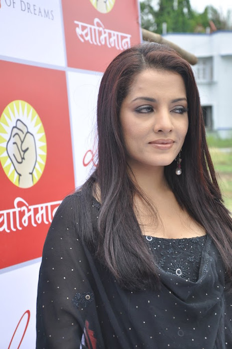 celina jaitley diya diamonds world environment day photo gallery
