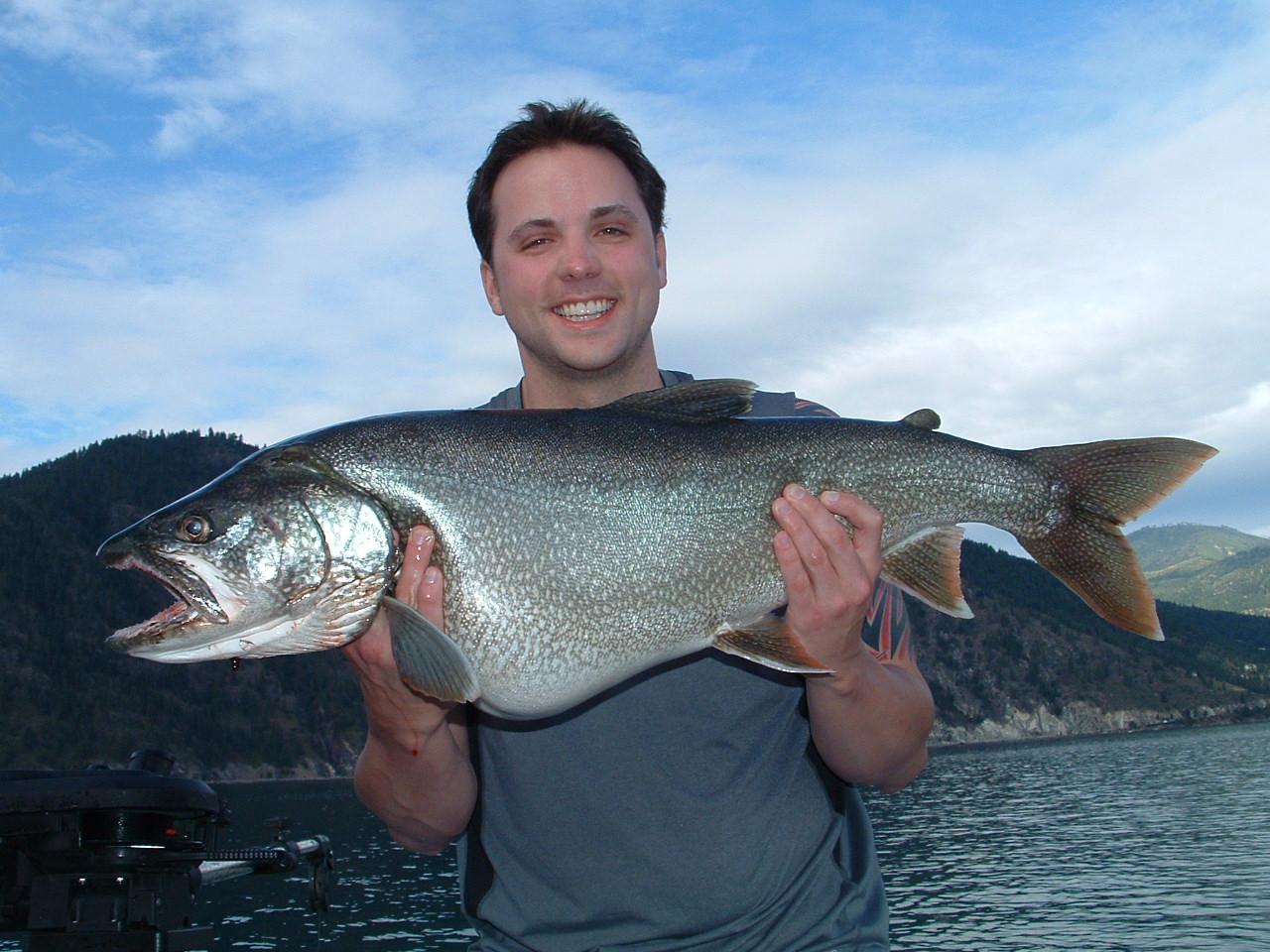 Northwest salmon and steelhead fishing chelan area for Lake chelan fishing