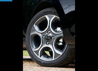 Kia picanto car 2013 tyres/wheel - صور اطارات سيارة كيا بيكانتو 2013