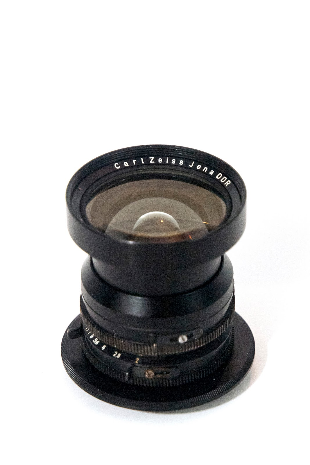 Tevidon 10/2 (10mm f2.0 C-mount)