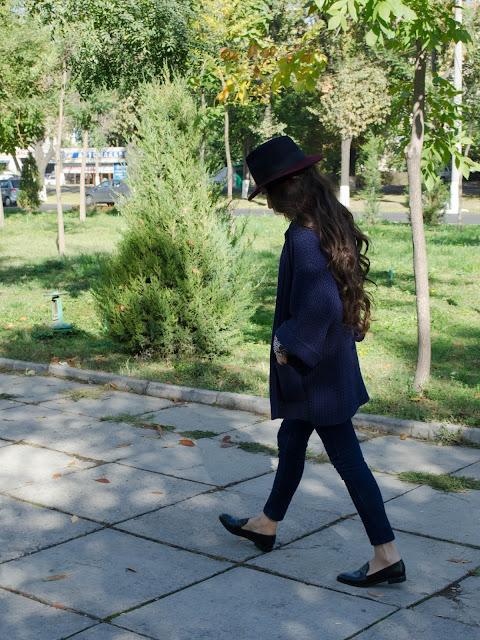 diyorasnotes_autumn_look_of_the_day_favorite_cardigan_hat_asos_shirt_blue_jeans