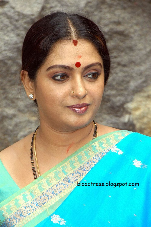 south indian mallu sexy actress seetha in vinodhayathra film