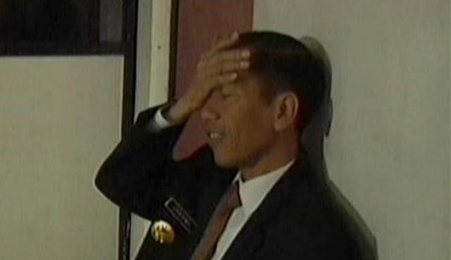 Jokowi tepuk jidat lihat ruangan kosong melompong