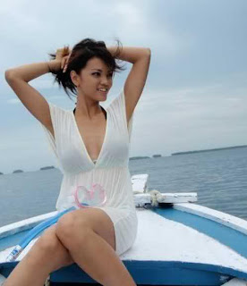 Foto Hot Farah Queen | Foto Panas Farah Queen