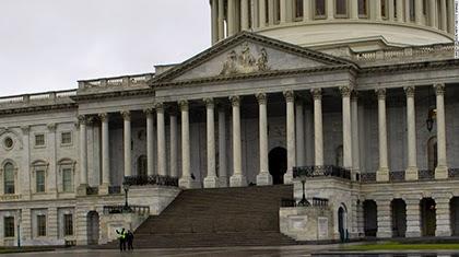 Comité bancario del Senado de EEUU aprueba sanciones antiraníes