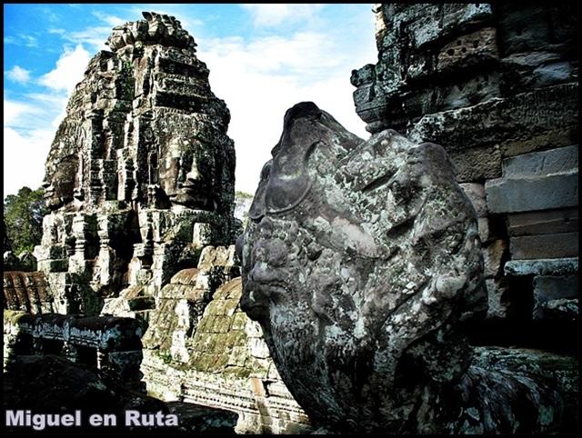 Templos-Angkor-Caras-Bayón_16