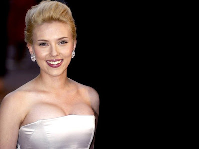 Scarlett Johansson Beautiful wallpaper 2