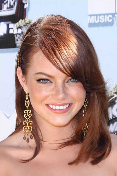 long_length_hairstyle_emma-stone-long-hairstyle-with-bangs-mtv-movie