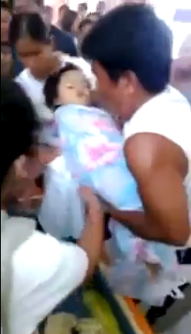 Απίστευτο θαύμα! Ενώ ετοίμαζαν την κηδεία της μικρής εκείνη ξύπνησε!!!(Δείτε το συγκλονιστικό βίντεο)
