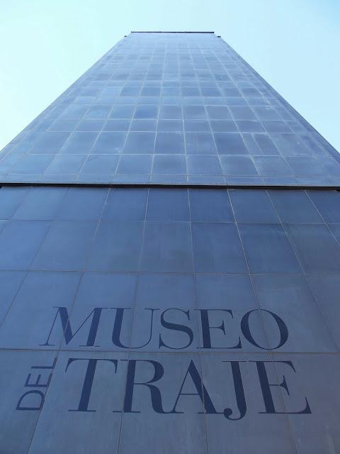 {el Atelier de Chloe} – Museo del Traje