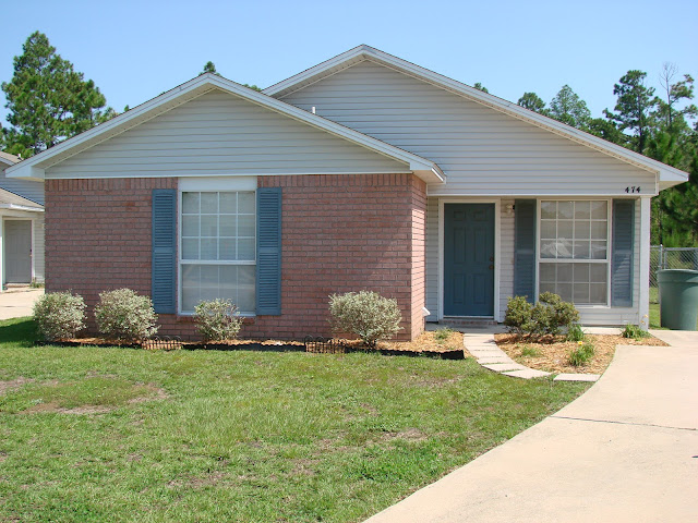 Patio home on Bay Pine Villa Dr. in Pensacola, FL 32506