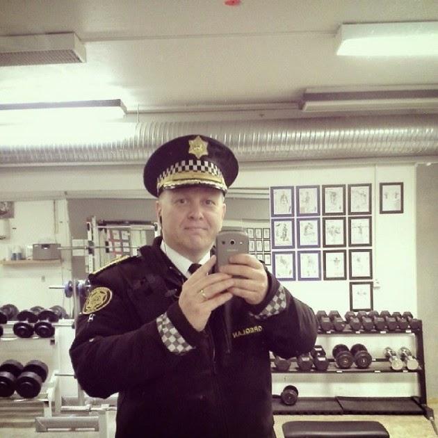 Reykjavik-police-1