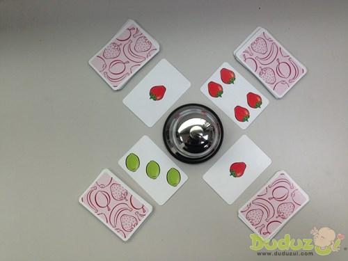 當桌面沒有一樣水果數量剛好是 5 個,就不要按鈴!