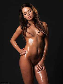 Hegre-Art - Erica - Baby Oil - 002