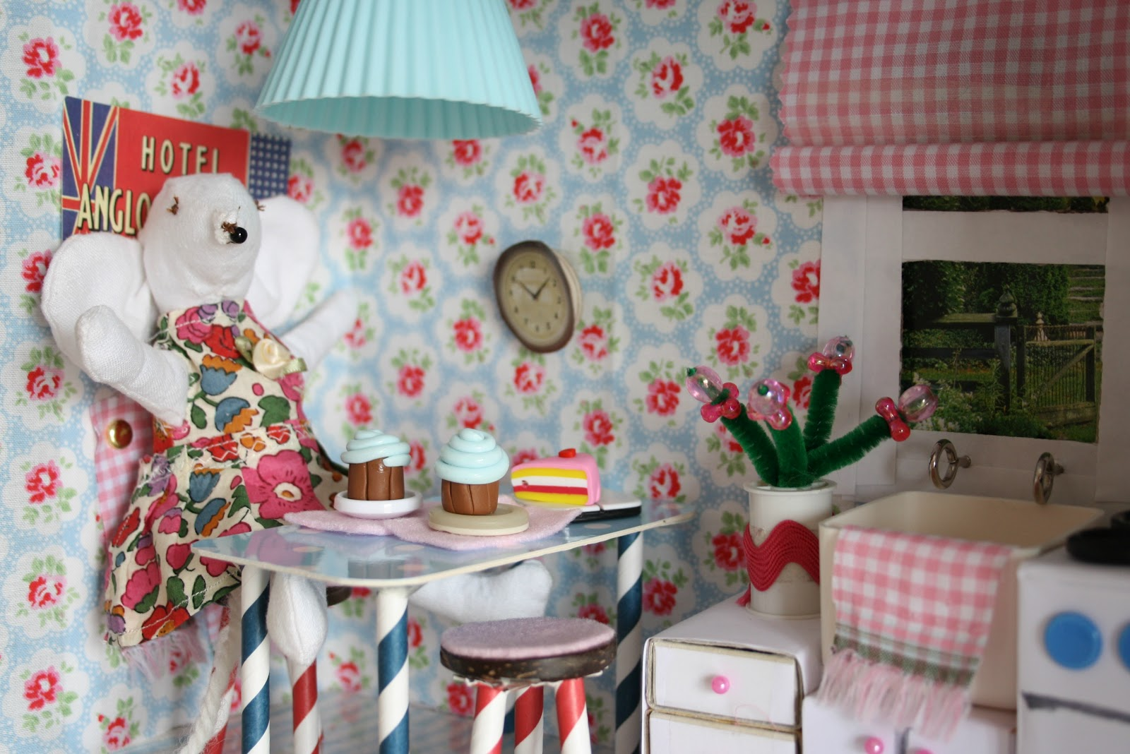 Shoebox Bedroom Tales From A Happy House A Shoebox Kitchen For A Little Mouse