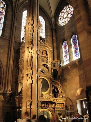 stalpul ingerilor si orologiul astrometric - catedrala notre dame de strasbourg