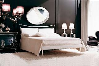 غرفة نوم عصرية باللون الأبيض الأنيق
