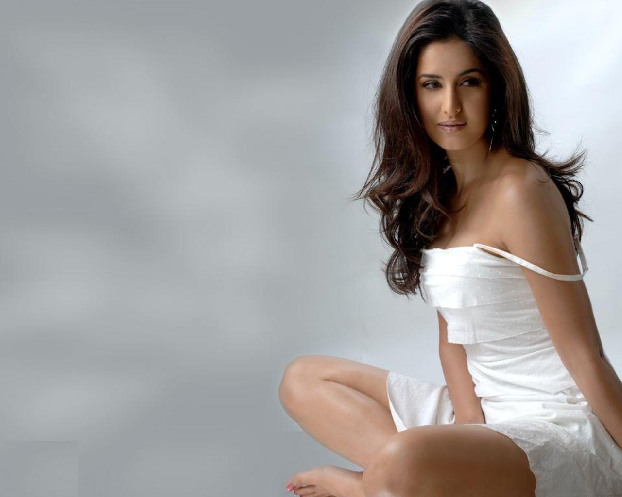 Katrina Kaif Wallpapers 2012 - celebrities