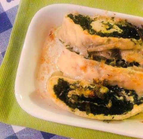 strucolo di ricotta e spinaci crudi, gratinato burro e salvia