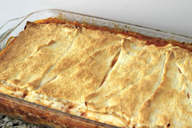 quick weeknight dinner, lasagna, crescent rolls, casserole, easy dinner idea