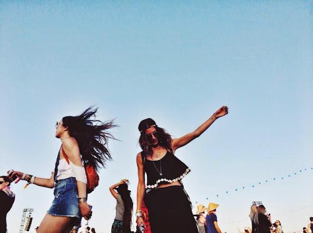 aimee song, coachella, festival, music festival, fashion, festival fashion, indio, celebrity, desert fashion, lacy, crop top, bralette, model, skirts, kendall jenner, kylie jenner, selena gomez, aimee song, alessandra ambrosio, california, cara delevingne, Chiara Ferragni, coachella, hanne gaby odiele, indio, jacquelyn jablonski, jourdan dunn, kasia struss, Los Angeles, palm desert, palm springs, cara delevingne, poppy delevingne, selena gomez, dita von teese, jourdan dunn, pink floyd, haim, paris hilton, nicki hilton, victoria justice, natalie off duty, hanne gaby odiele, bella thorne, honey and silk