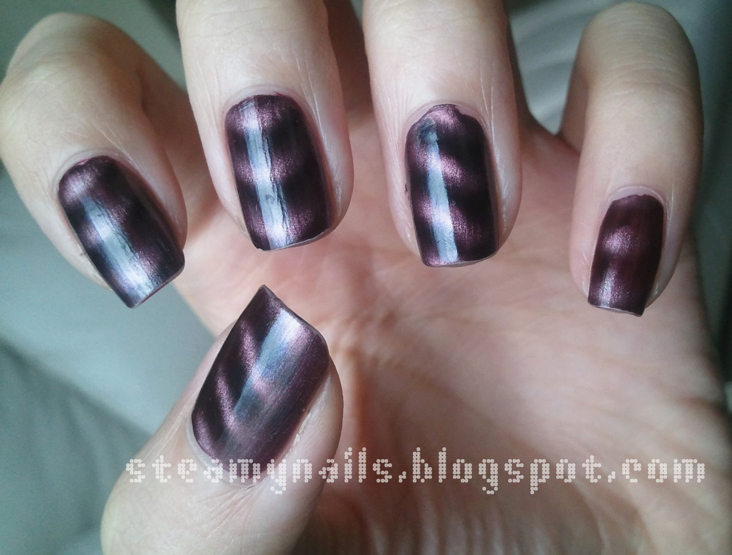 Steamy Nails Amway Magnetic Nail Polish Artistry Swatches And Review
