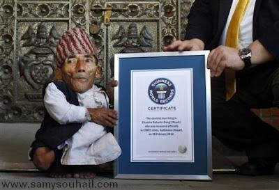 أقصر رجل في العالم من الهند يدخل موسوعة غينيس للأرقام القياسية
