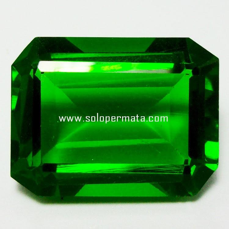Batu Permata Green Tektite - 29A08