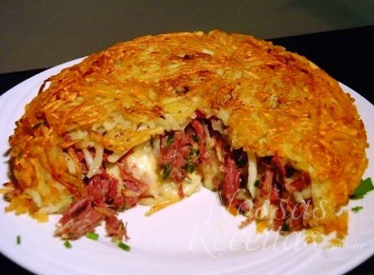 Receita de Batata rostie recheada com carne seca