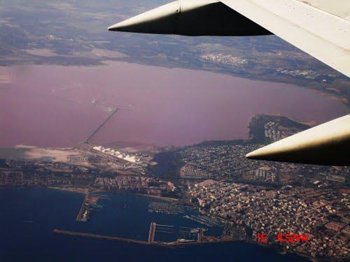 8 Danau Pink Terindah di Dunia: Salina de Torrevieja dan La Salina de La Mata, Spanyol