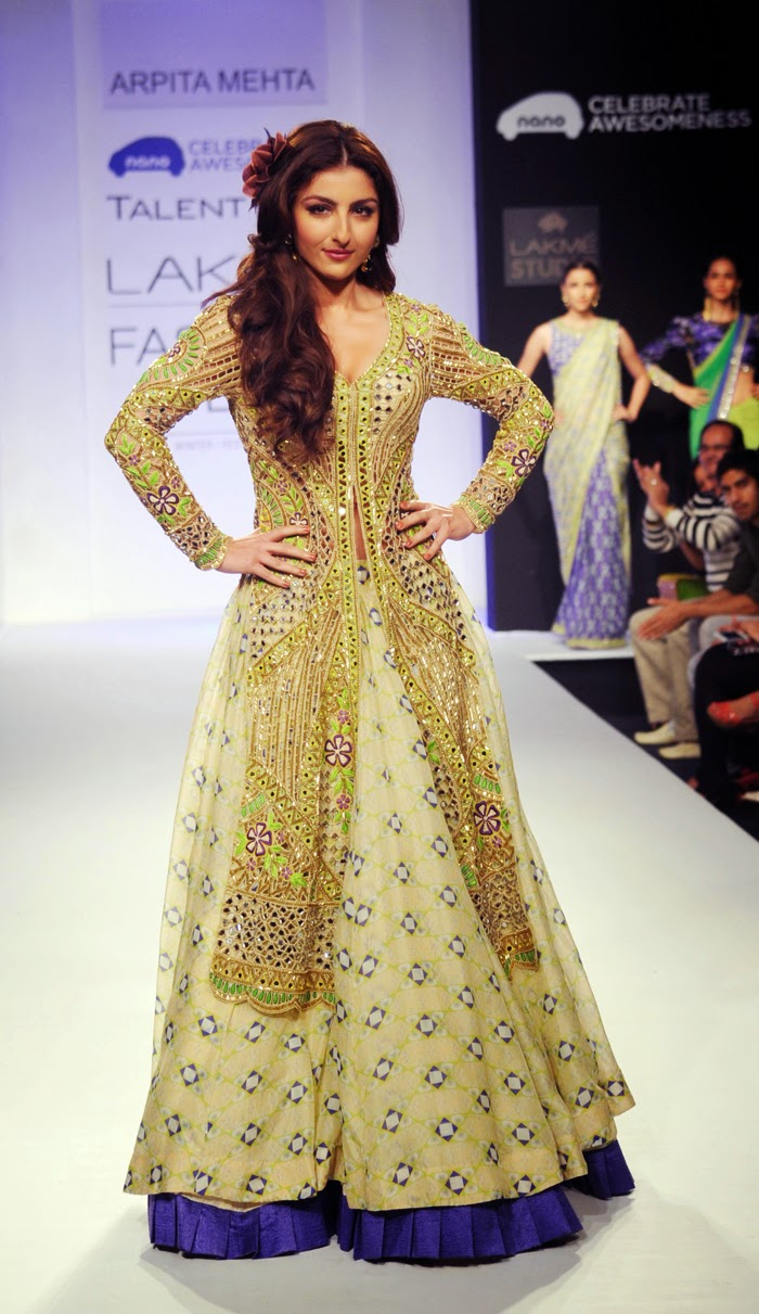 Bollywood designer dresses for red carpet appearances the showstoppers lakme fashion week 2013 - Designer dresses red carpet ...