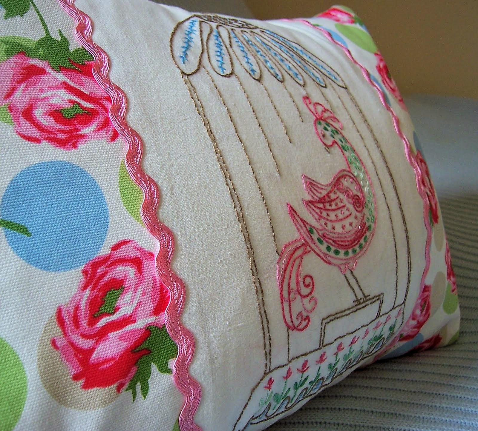 artistic standard pillow size