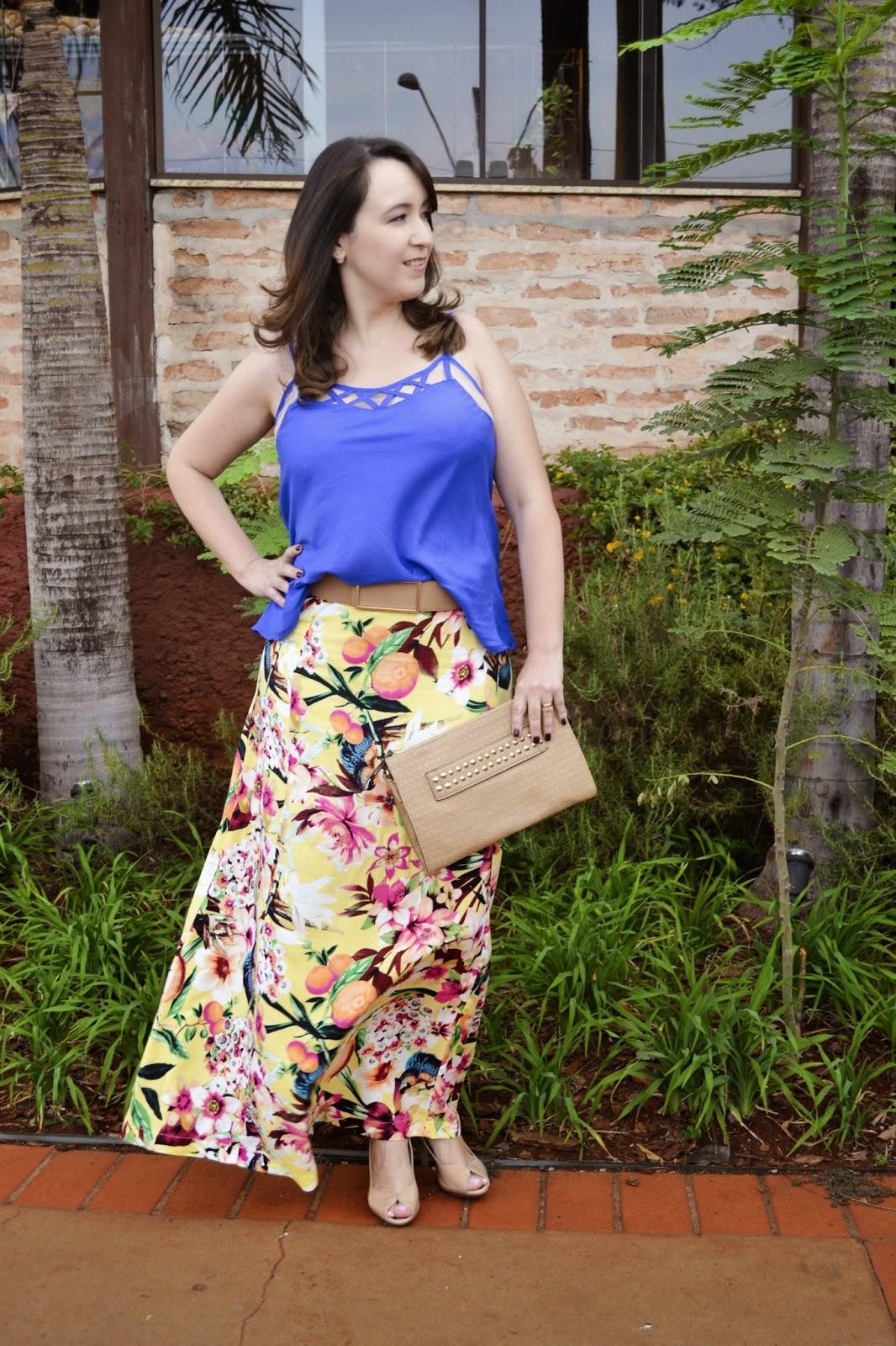 look do dia, blogueira de moda, saia estampada, reagata azul, look de verão, lalilu modas, blog camila andrade, blogueira de moda de ribeirão preto, saia longa estampada, como usar saia estampada