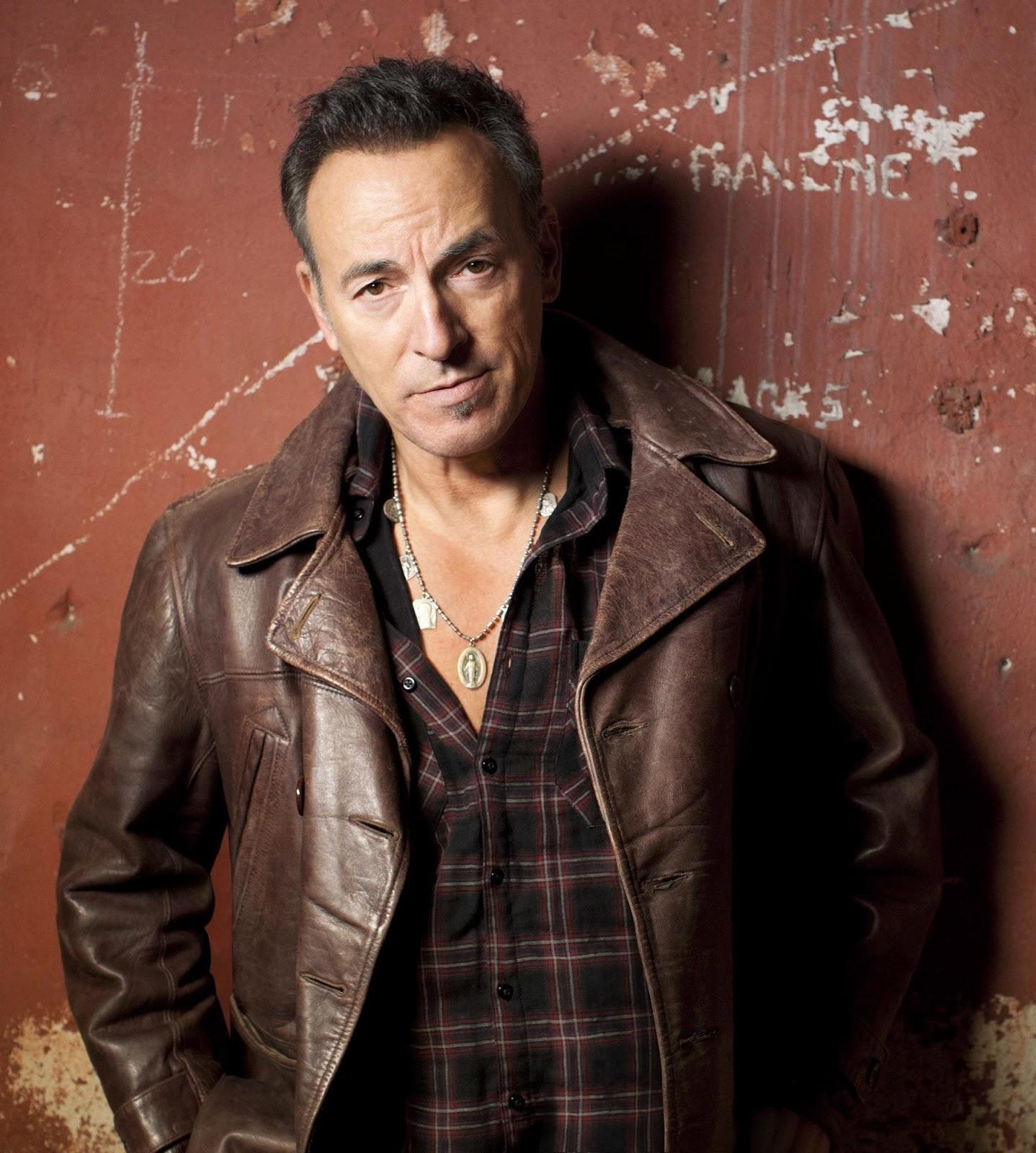 http://4.bp.blogspot.com/-QuP3Jiyck-Y/UMIbn-RGouI/AAAAAAAAC3Q/M42QbwEDCvA/s1600/Bruce+Springsteen+2012.jpg