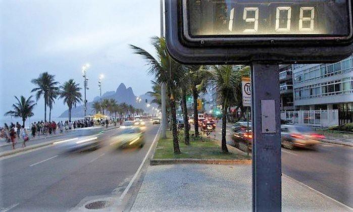 18 de fevereiro: Brasil