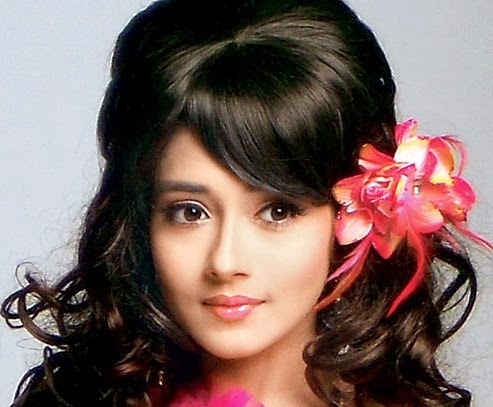Tina Dutta HD Wallpapers Free Download
