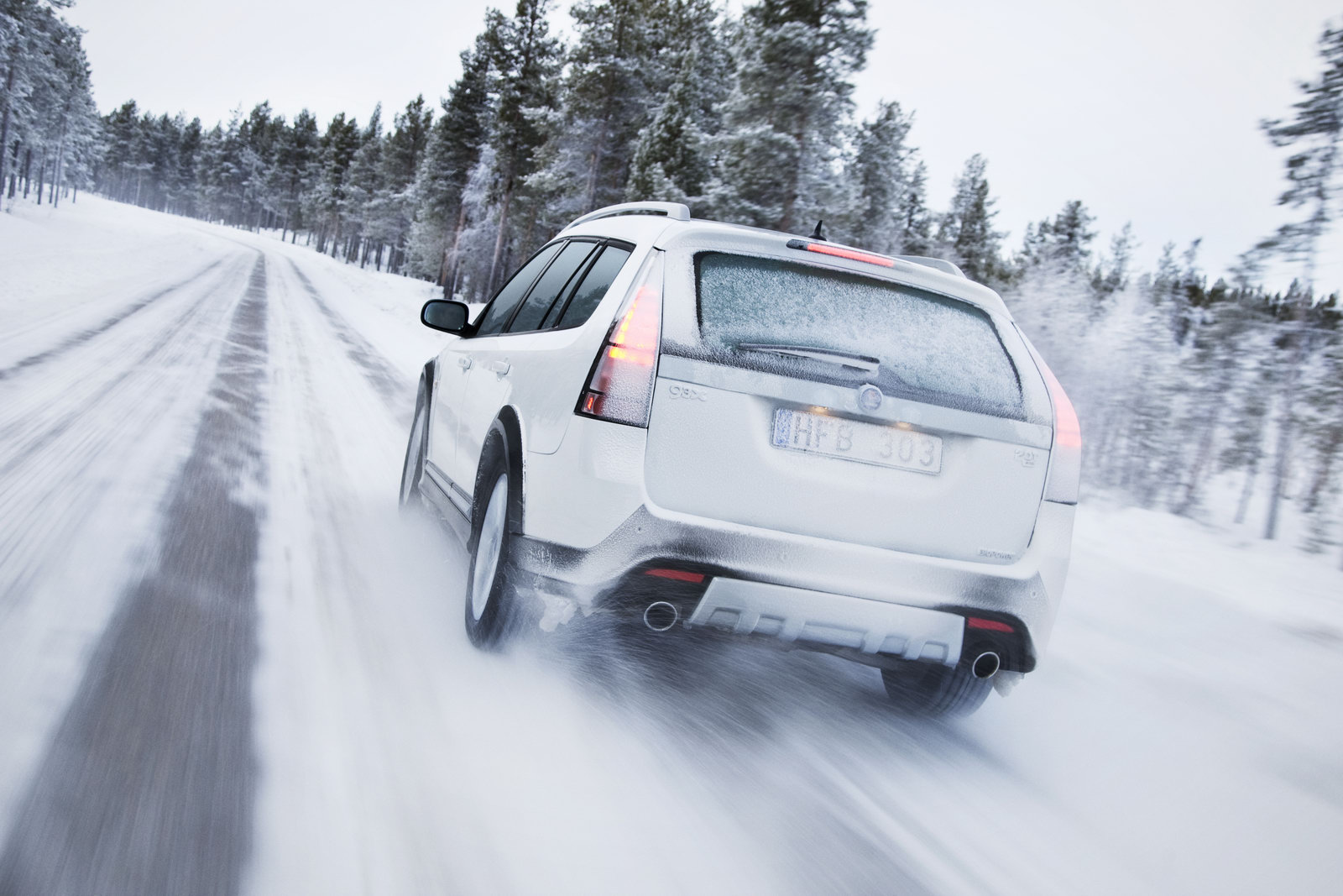 http://4.bp.blogspot.com/-Quj-_1bbgX4/TuibOmUpQNI/AAAAAAAAANc/TI8FYZrhSvE/s1600/winter+driving.jpg