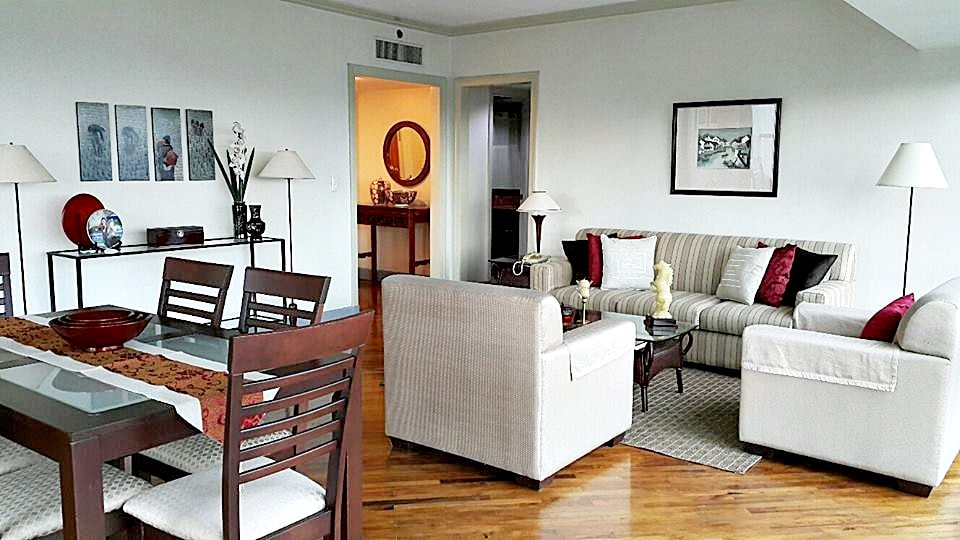 Spacious 2 Bedroom Apartment Condo For Rent In Hidalgo Place Rockwell Center Makati City