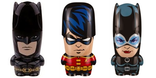 01-Batman-tdkr-Robin-Catwoman-Shop-Jeen-Flash-Drives