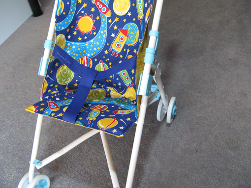 How to make a Doll Stroller Liner ~ Threading My Way