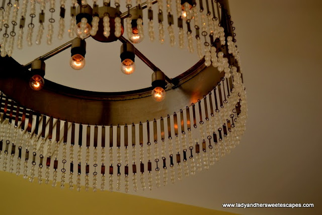 Chandeliers at Bodylines at The Cove Rotana
