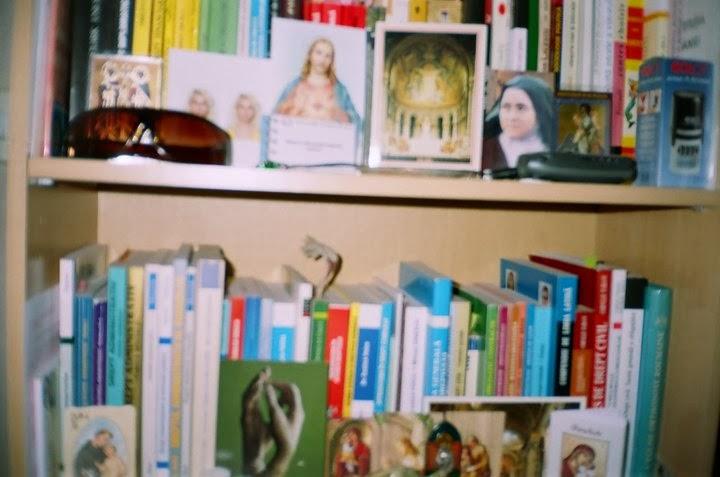 Biblioteca Olivia din anii facultatii 1