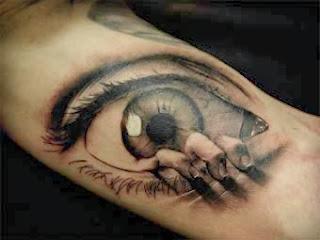 Olhos no antebraço