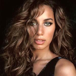 Leona Lewis - A Thousand Lights Lyrics | Letras | Lirik | Tekst | Text | Testo | Paroles - Source: mp3junkyard.blogspot.com