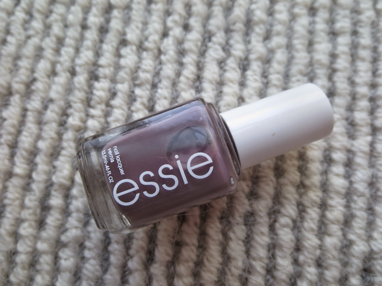 A picture of Essie's Merino Cool