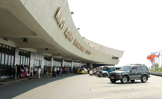 how to get to naia terminal 3
