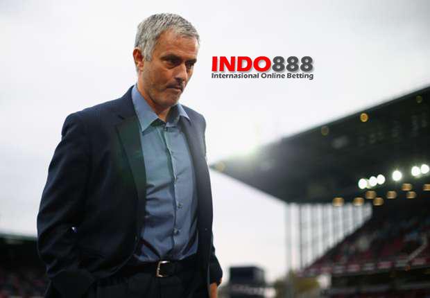 Jose Mourinho Mencetak Rekor Memalukan - Indo888news