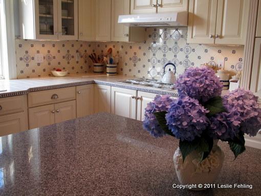 Everyday Artist HandPainted Blue White Tile Backsplash Delectable Painting Kitchen Tile Backsplash Plans
