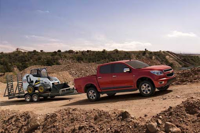 2012-Chevrolet-Colorado-Red-Color