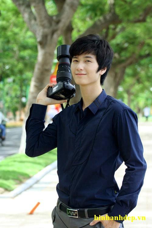 Hot boy Huỳnh Anh
